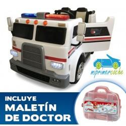 Camión eléctrico para niños AMBULANCIA 12V  2 PLAZAS 2.4G