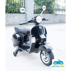 Moto Eléctrica para niños VESPA PIAGGIO 12V color negro