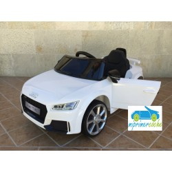 AUDI TT RS BLANCO 12V  control parental2.4G